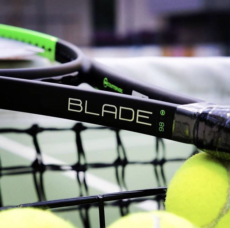 Wilson Blade 98 tennis racket スポーツ