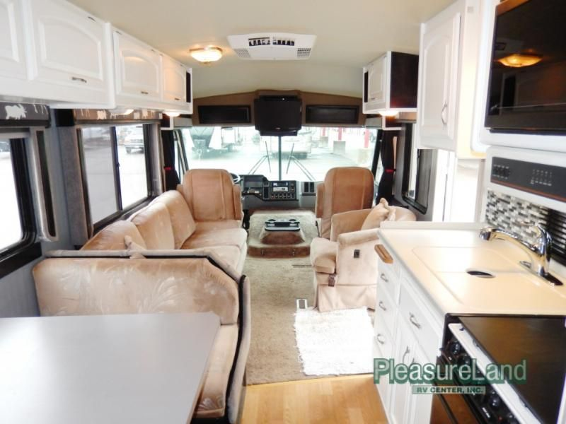 Used 1992 Fleetwood Rv Pace Arrow 33 Motor Home Class A At Pleasureland Rv St Cloud Mn 1402 17b Fleetwood Rv Motorhome Remodel Rv