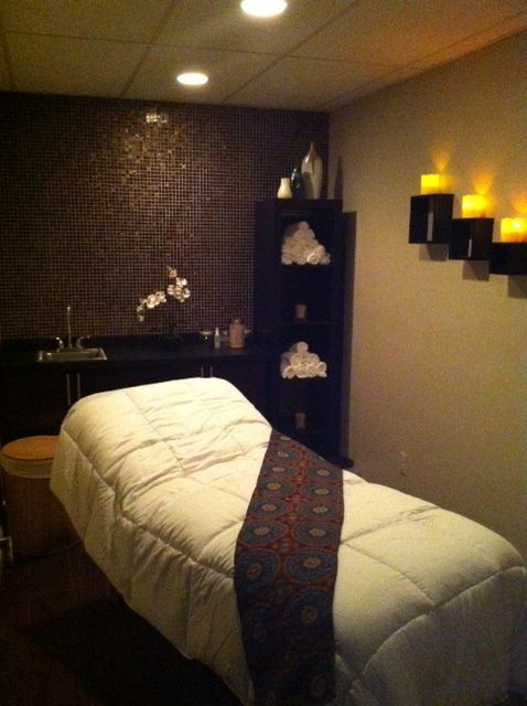 Massage Therapy Room Design Ideas: Pretty Medical Spa Room - Google Search