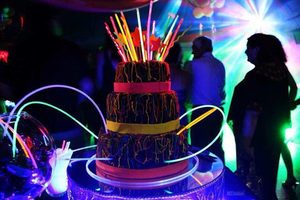 Neon Queques para eventos especiales Pinterest
