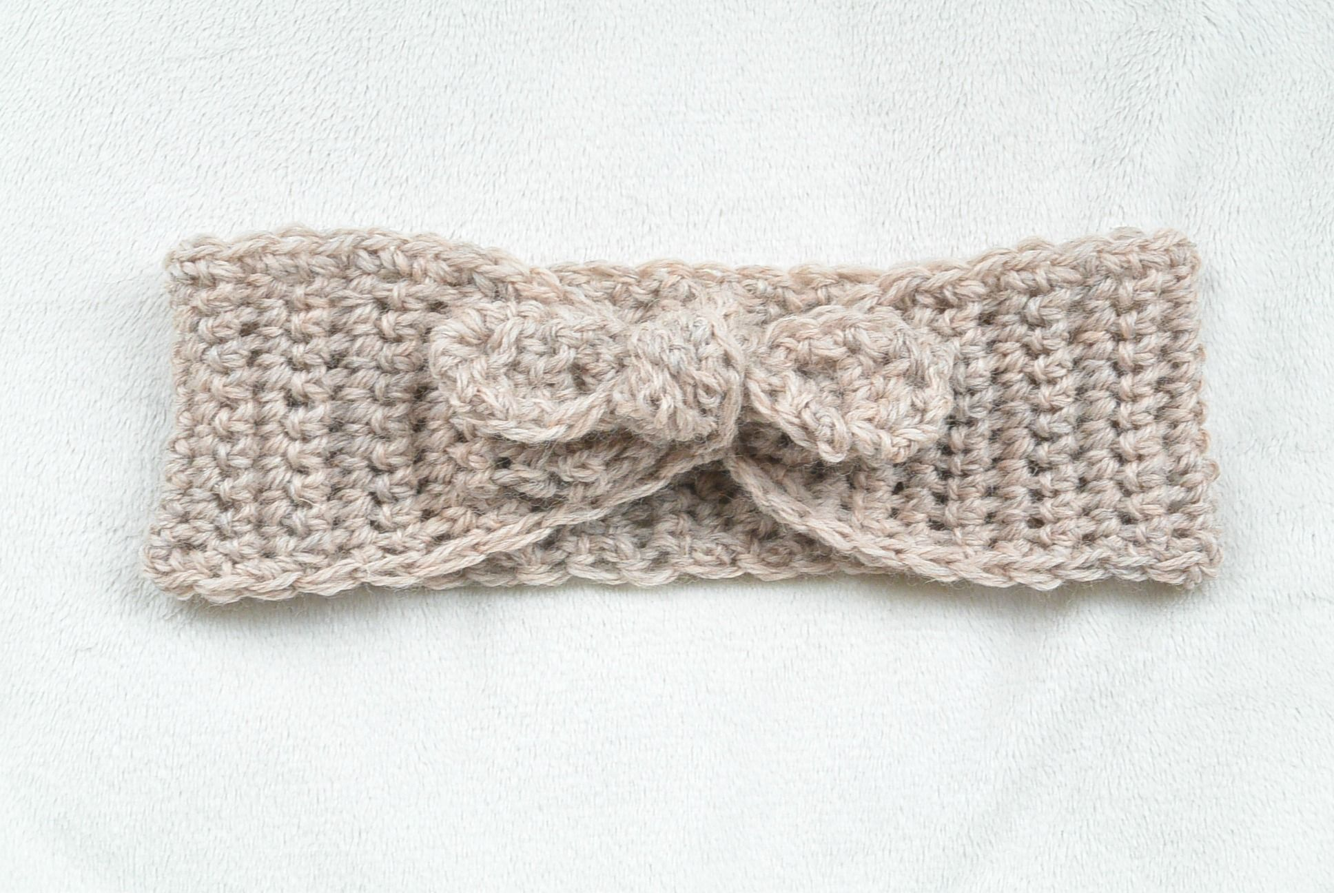Naturally Chic Tie-Up Crochet Headband Pattern | Headband crochet ...