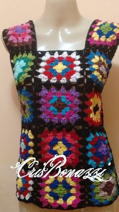 Blusas Coloridas com Squares e Hexágonos de Crochê