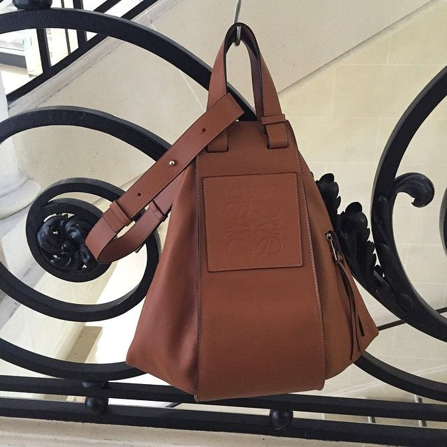 """LOEWE SS16 #hammockbag"" Photo taken by @jonathan.anderson on Instagram, pinned via the InstaPin iOS App! http://www.instapinapp.com (06/29/2015)"