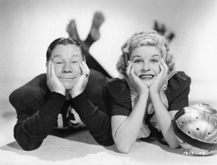 Joe E Brown And Martha Raye 1939 Classic Film Stars Movie