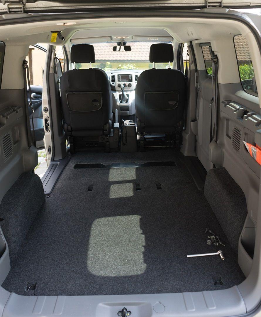 Nissan Nv200 Evalia Als Minicamper In 2020 Nissan Camper Camper Umbau