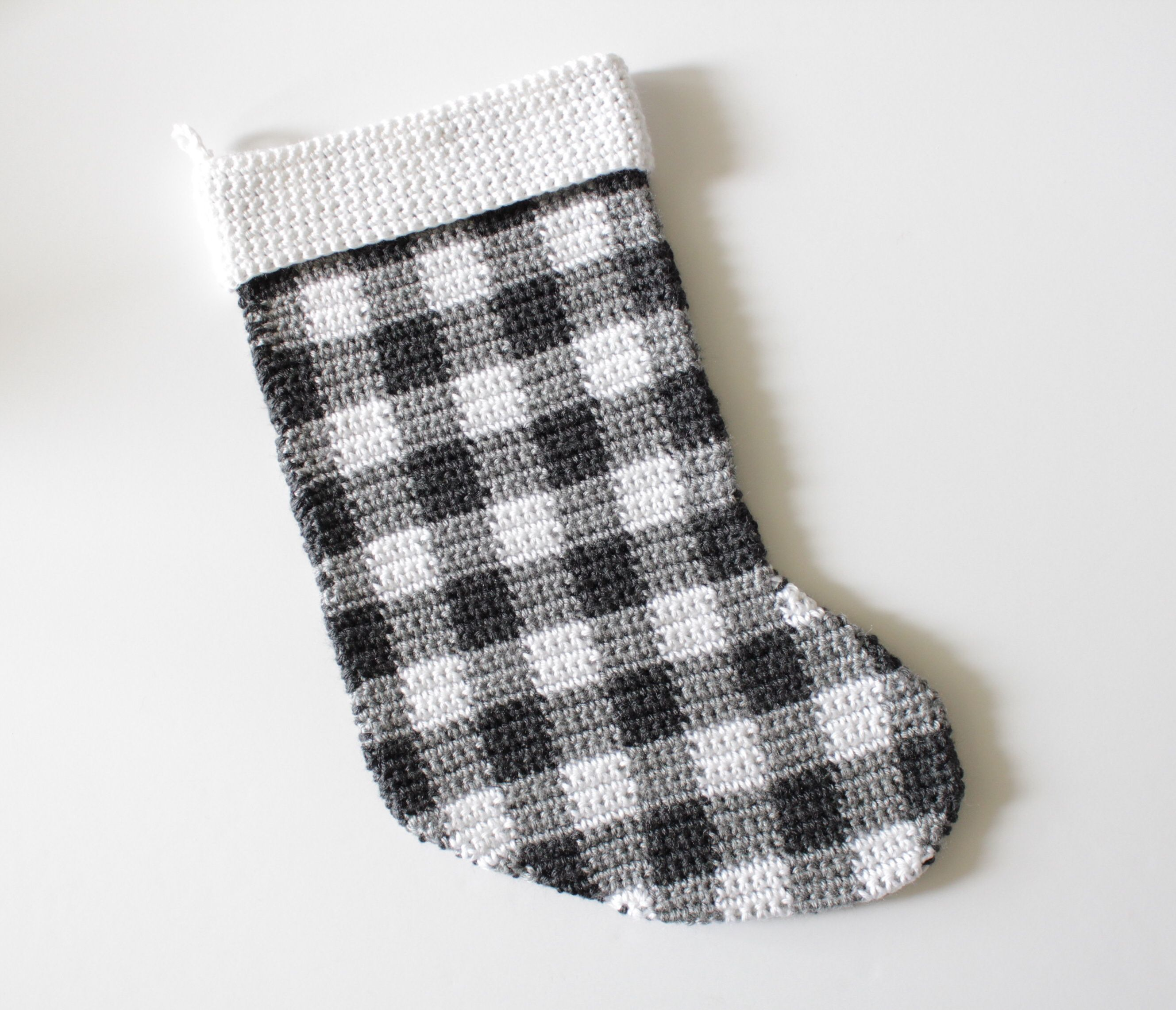 FREE Pattern for this black and white gingham checked crochet ...