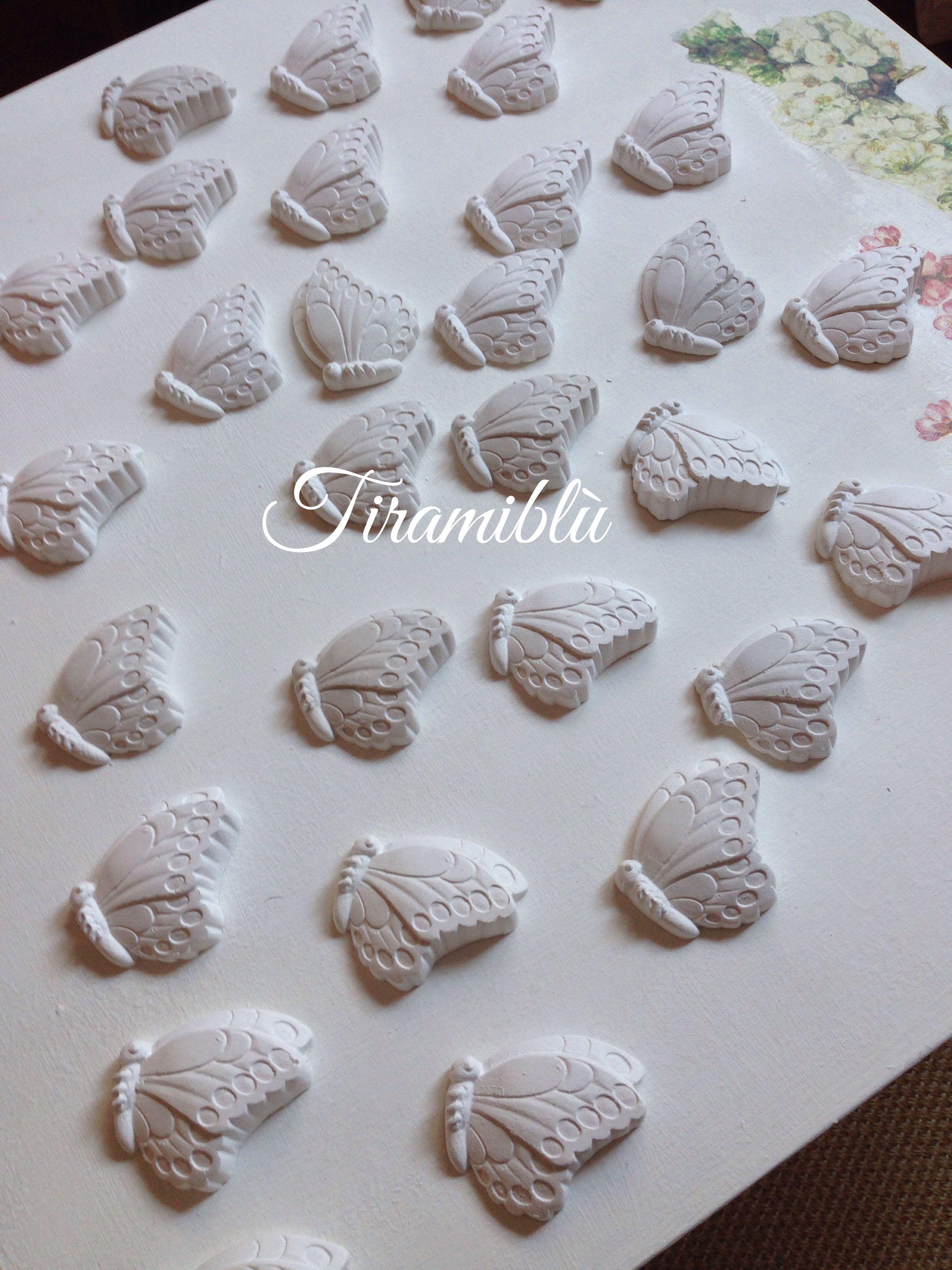 Farfalline  - gessi profumati https://tiramiblu.wordpress.com/2013/11/11/farfalle-pronte-a-prendere-il-volo/