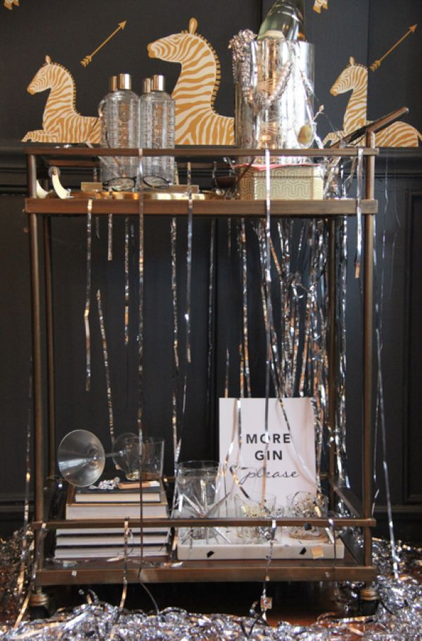 A Chinoiserie New Year's Eve - Day 1 | Bar cart styling ...