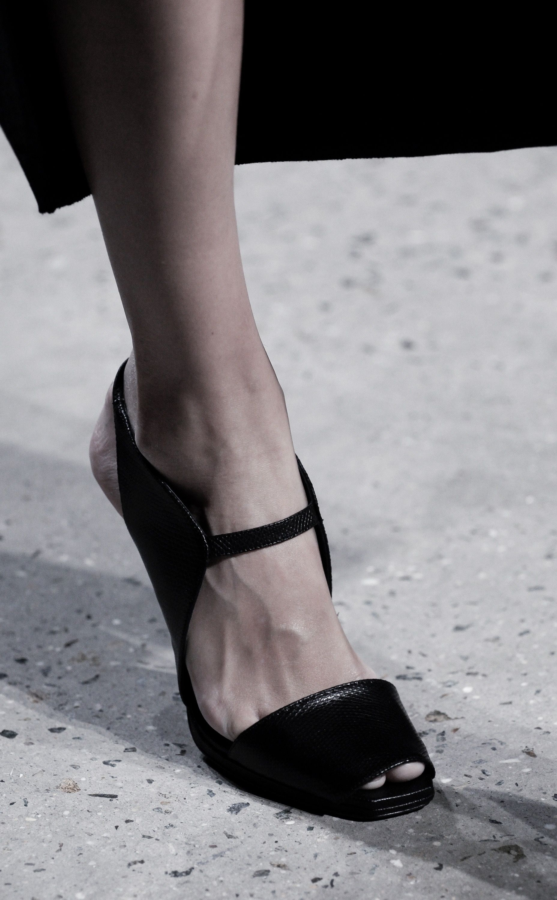 Narciso Rodriguez Spring 2016 Ready-to-Wear Fashion Show ...