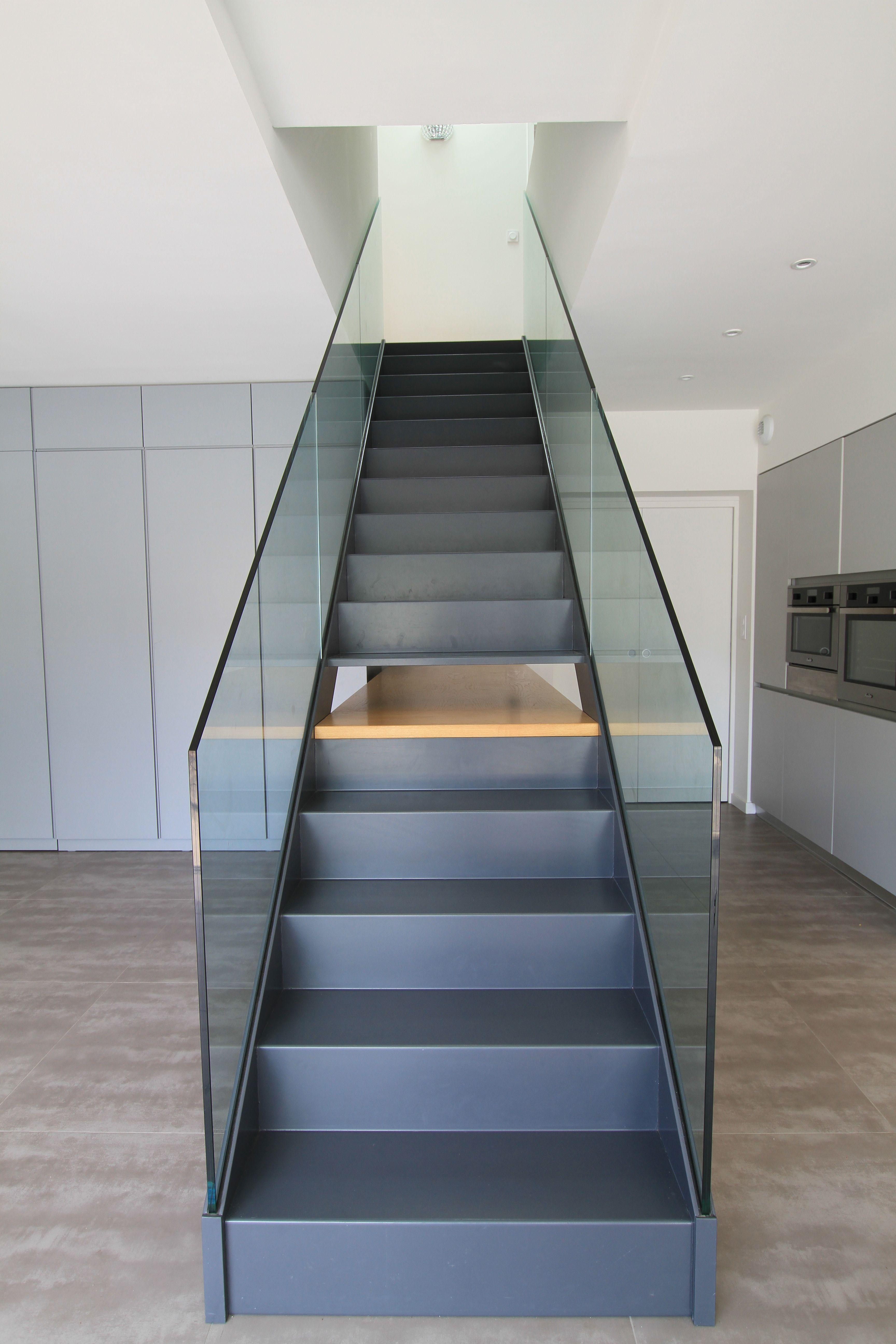 Amenagement Interieur Cssss Escalier Metal Bois