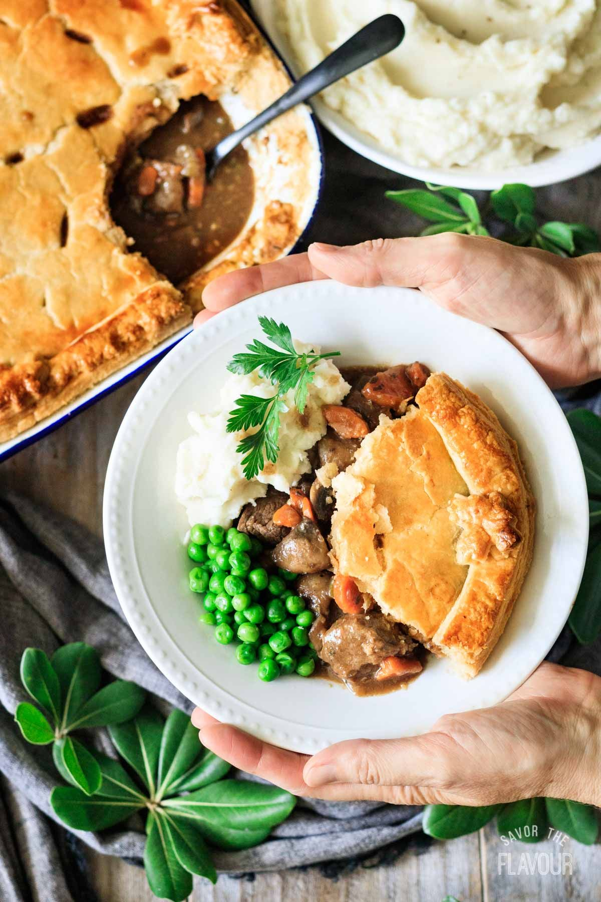 How to Cook Steak and Ale Pie | Recipe | Beef recipes for ...
