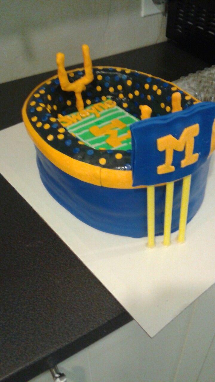 Excellent Michigan Stadium Birthday Cake Trinas Custom Cakes Trina Lafuente Birthday Cards Printable Inklcafe Filternl