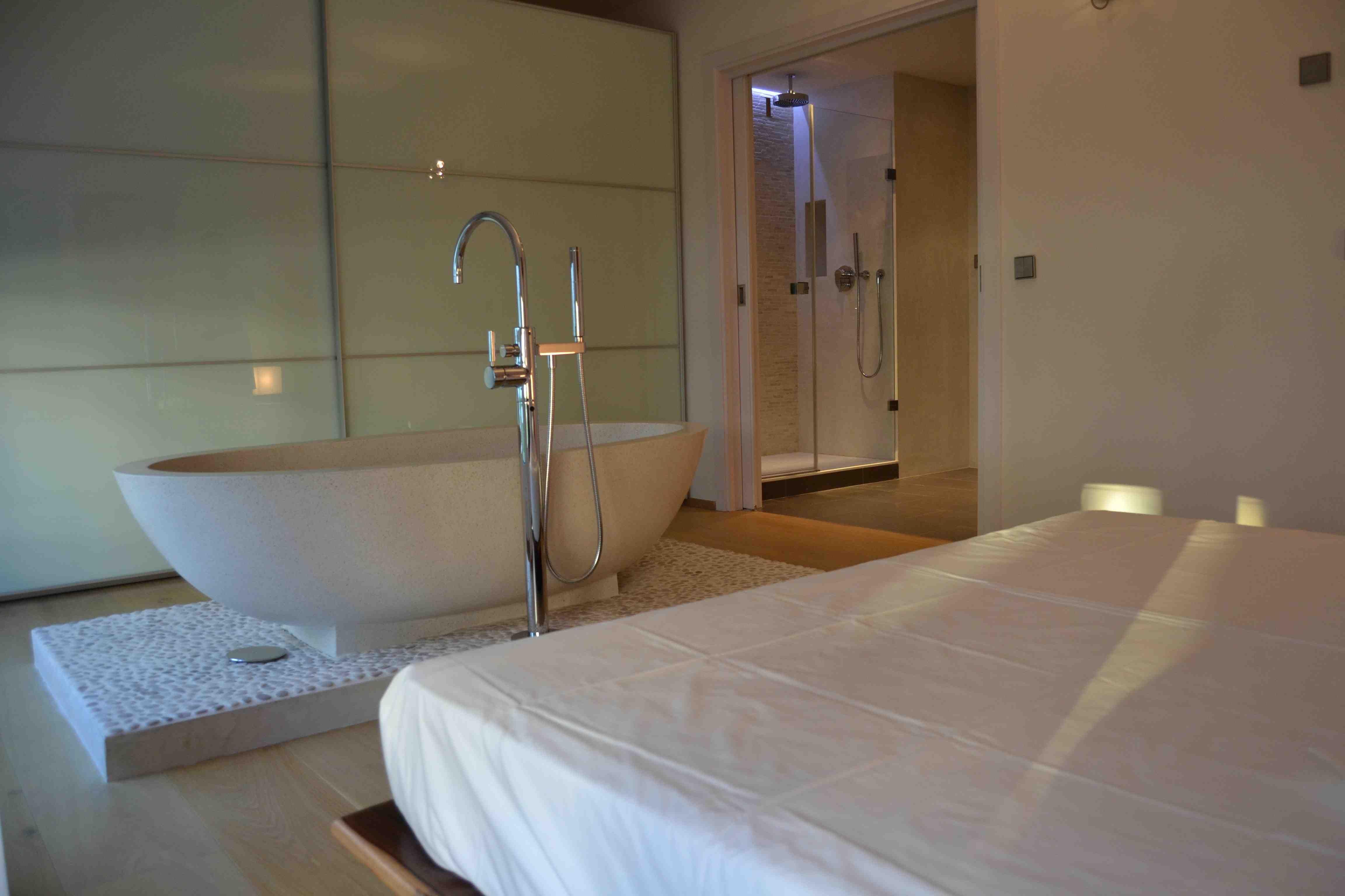 Badezimmer Spanisch ~ Schlaf badezimmer luxus ferienvermietung