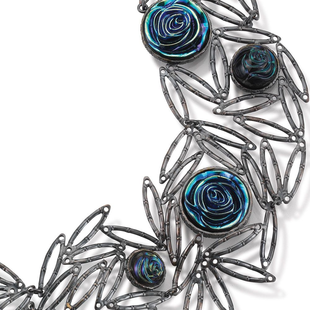 Tamara Grüner. Necklace: Dark Rose, 2016. Historical metal pieces and silver oxidised, glass. 19.5 x 19.5 x 1.6 cm. Detail view.