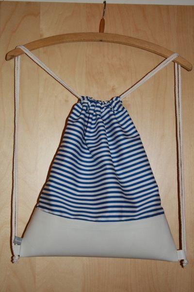 "Turnbeutel Baumwolle/Leder ""Stripes"" blau weiß."