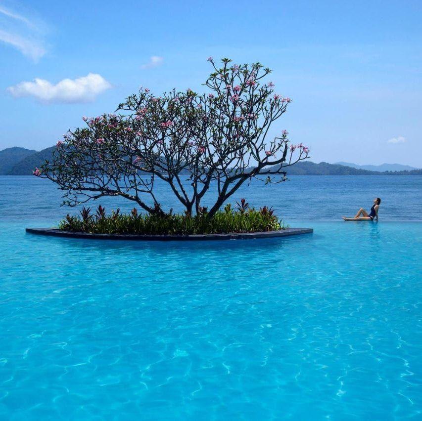 Incredible Infinity Pools Around The World