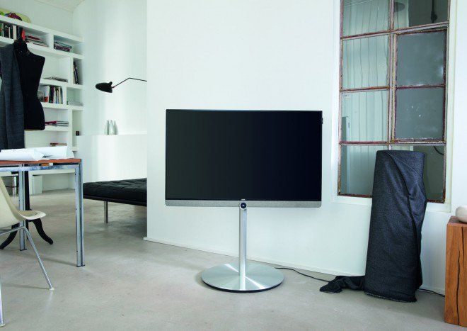 the new high-end TV Loewe Reference UHD, 55 inch screen size, with - meuble tv home cinema integre watts