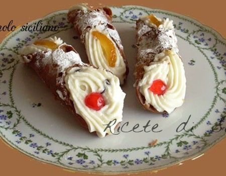 Photo of Sicilian cannoli-[680350]