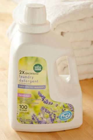 Holiday Cleaning With An Eco Conscience Vegan Laundry Detergent