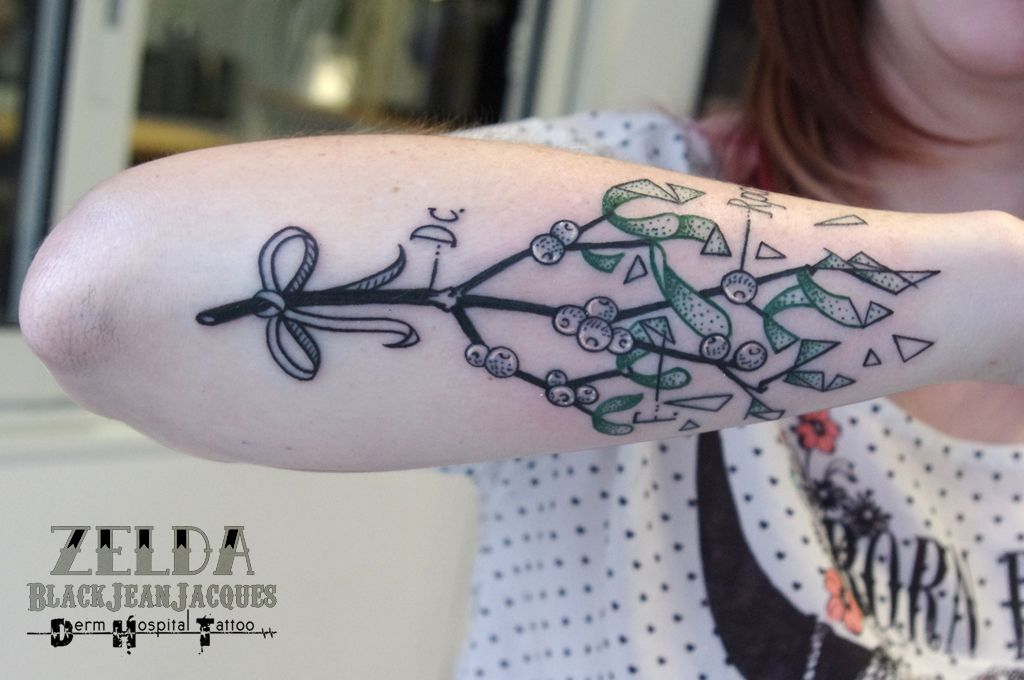 #mistletoe #lucky #triangles #graphic #botanical #tattoo done by #ZeldaBlackJeanJacques