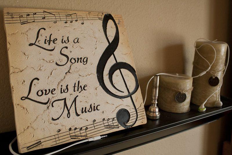 Dedica alguna de estas #canciones de #amor a esa persona especial.  #Tips para #enamorar