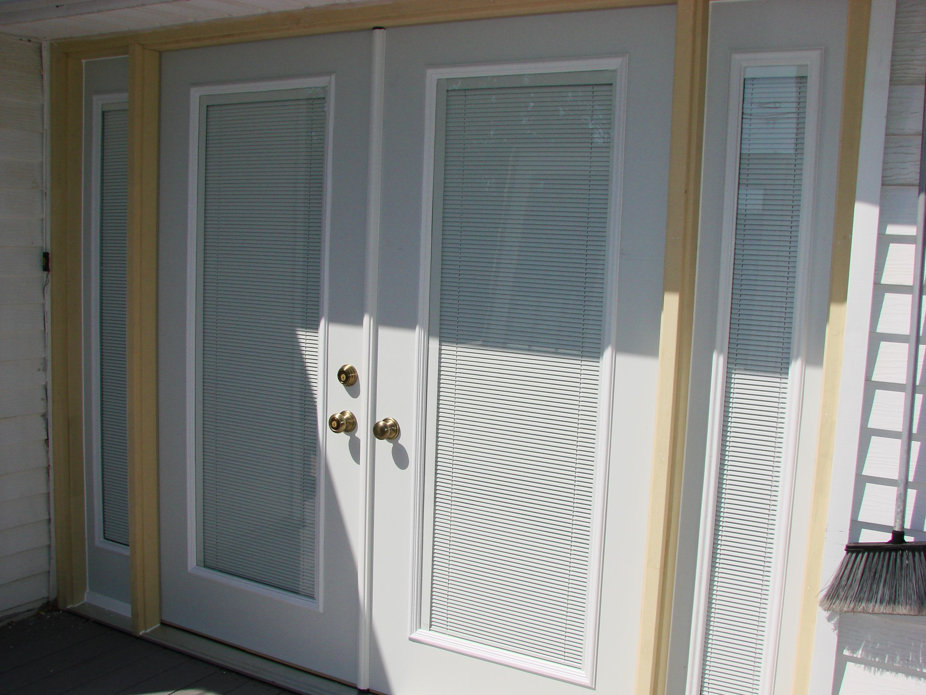 Exterior doors with mini blinds inside thefallguyediting