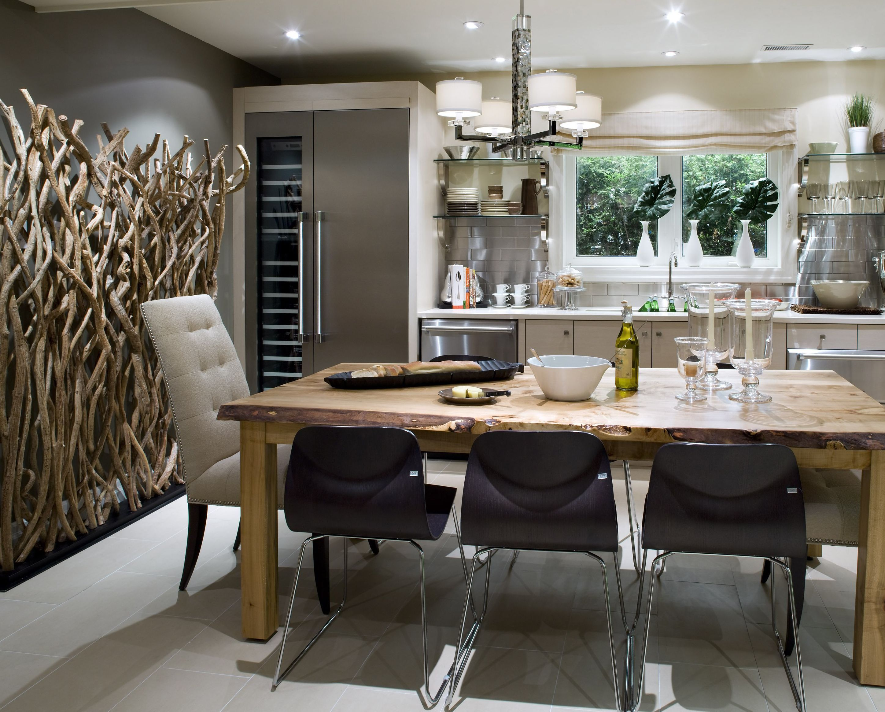 Candice Olson Of HGTVs Divine Design Contrasts Order And Chaos With Her Pile Sticks Decoration In Thedining Room