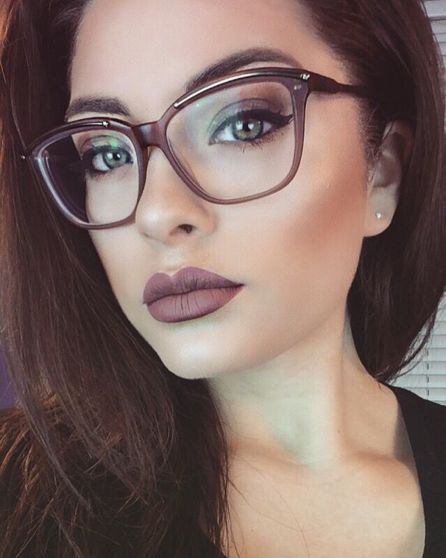 Rimless Glasses Makeup : Stephbusta1 on Instagram Make Up Pinterest Instagram ...