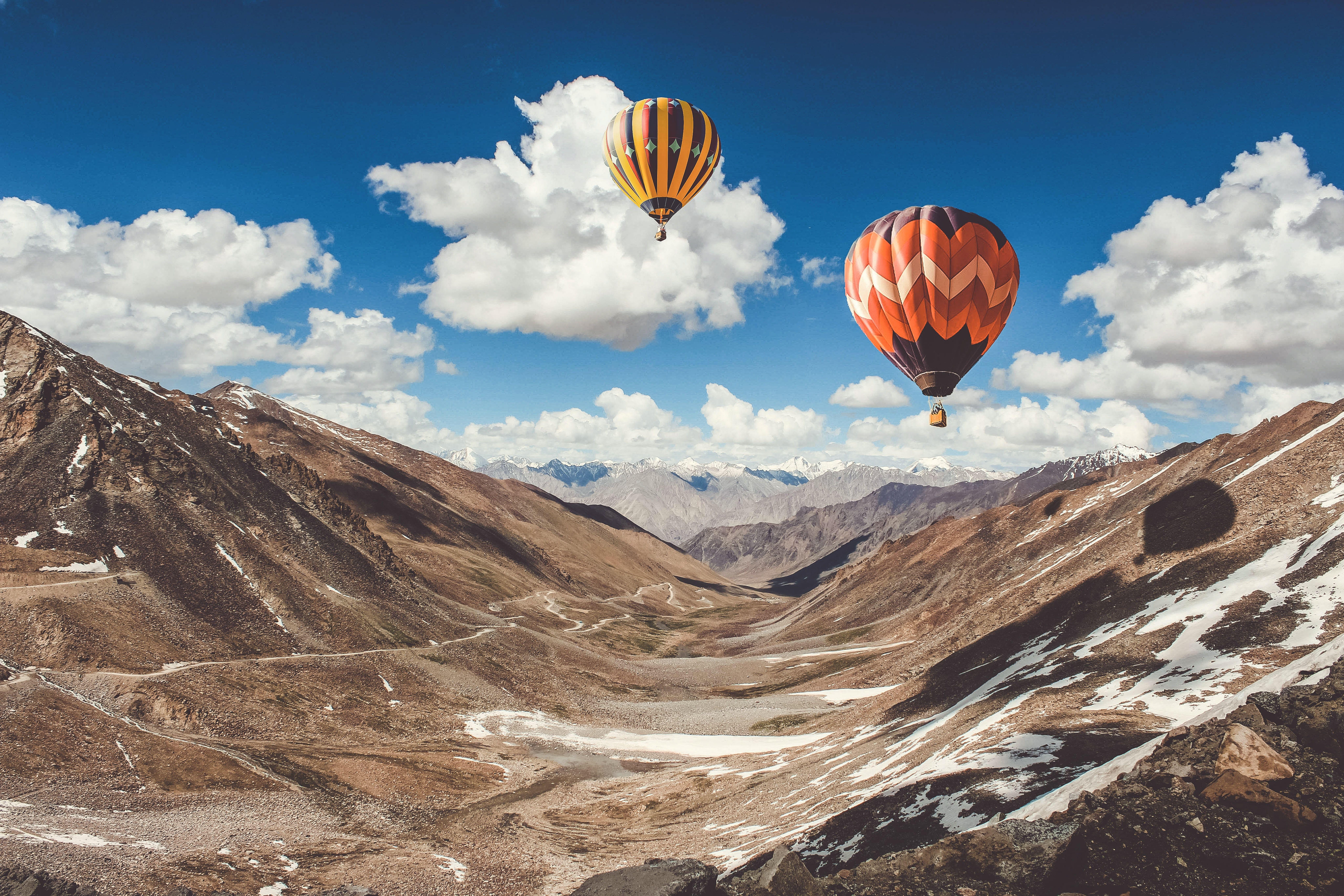 Balloon in mountain photo by S S (@thecutewanderer) on ...
