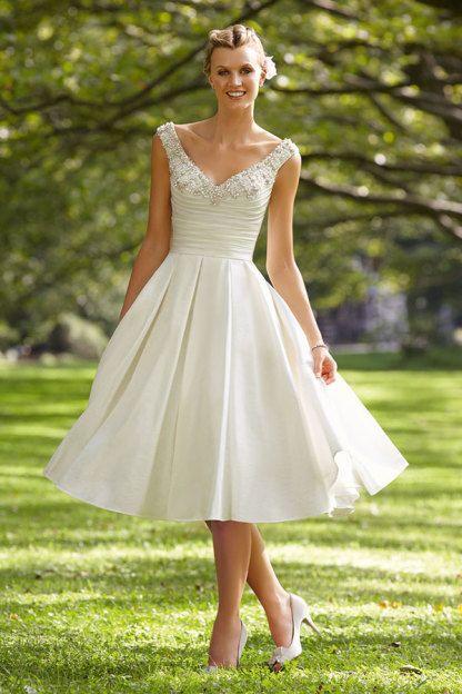 Wedding Dress Finder - StyleMePretty Lookbook - Civil wedding ...