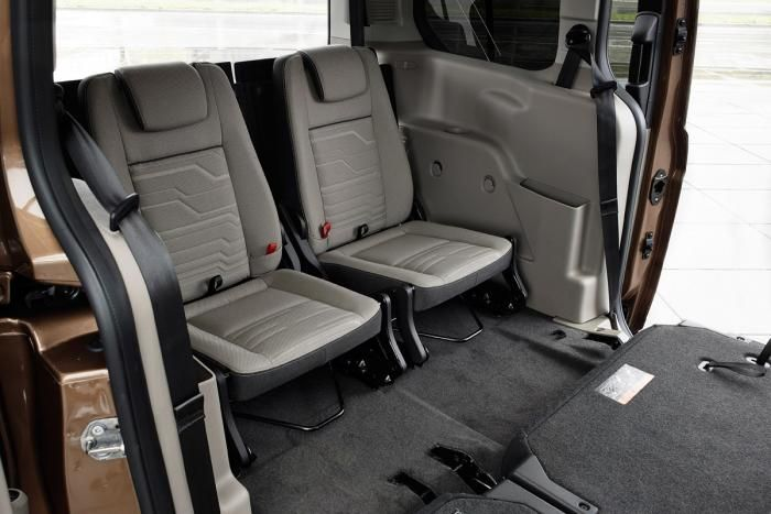 Ford Grand Tourneo Connect 2013 Rear Seats