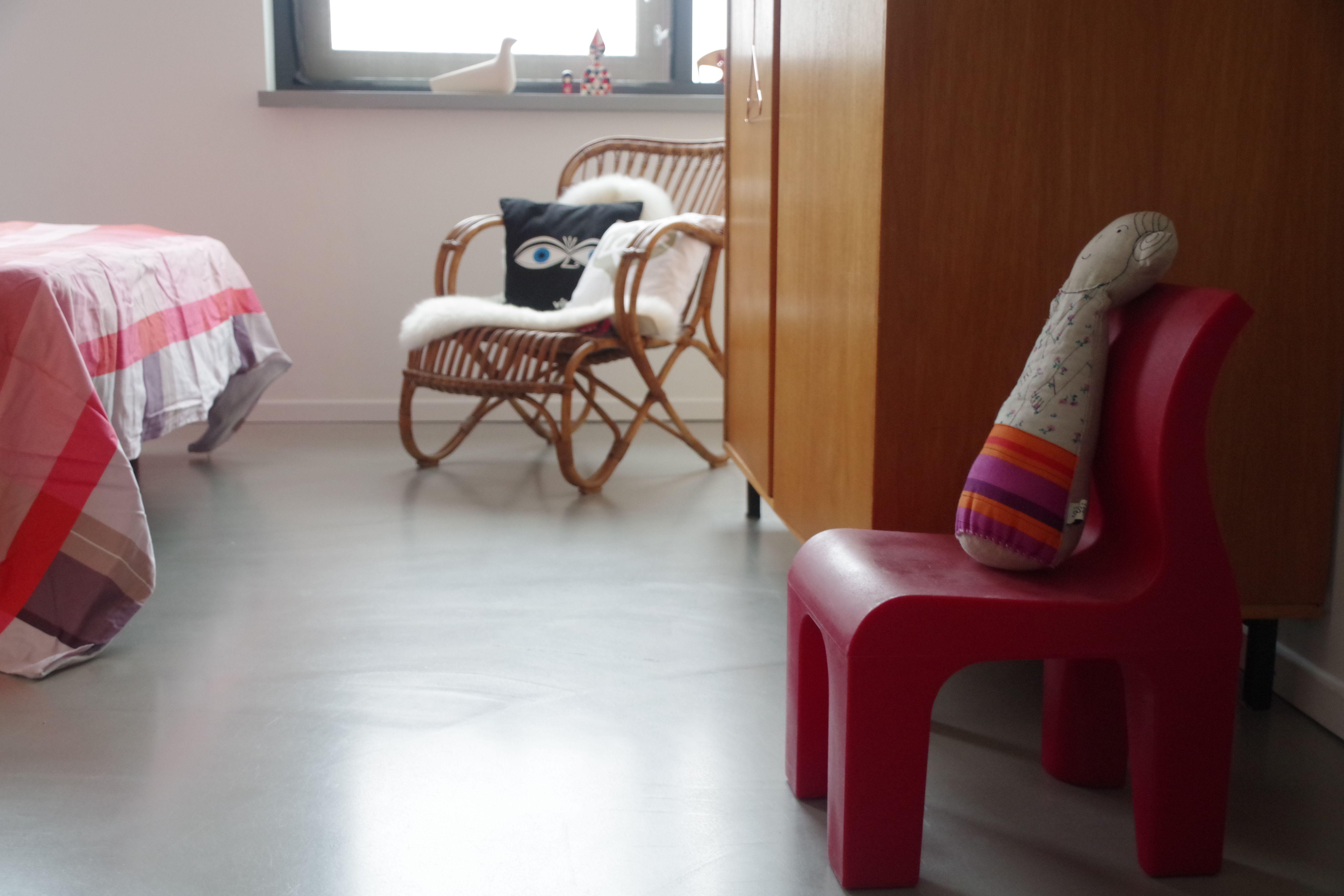 Stoel Sissy Boy : Slaapkamer vintage fins design kledingkast richard hutten bronto