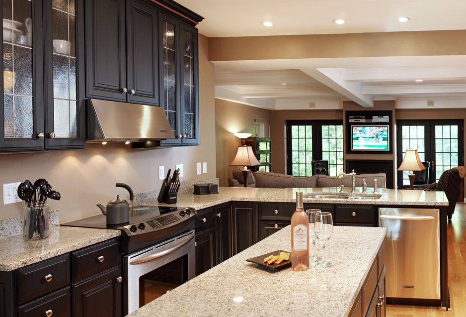 This Kitchen In Kettering, OH Combines Stainless Steel Appliances And Granite  Countertops With Onyx Cabinetry