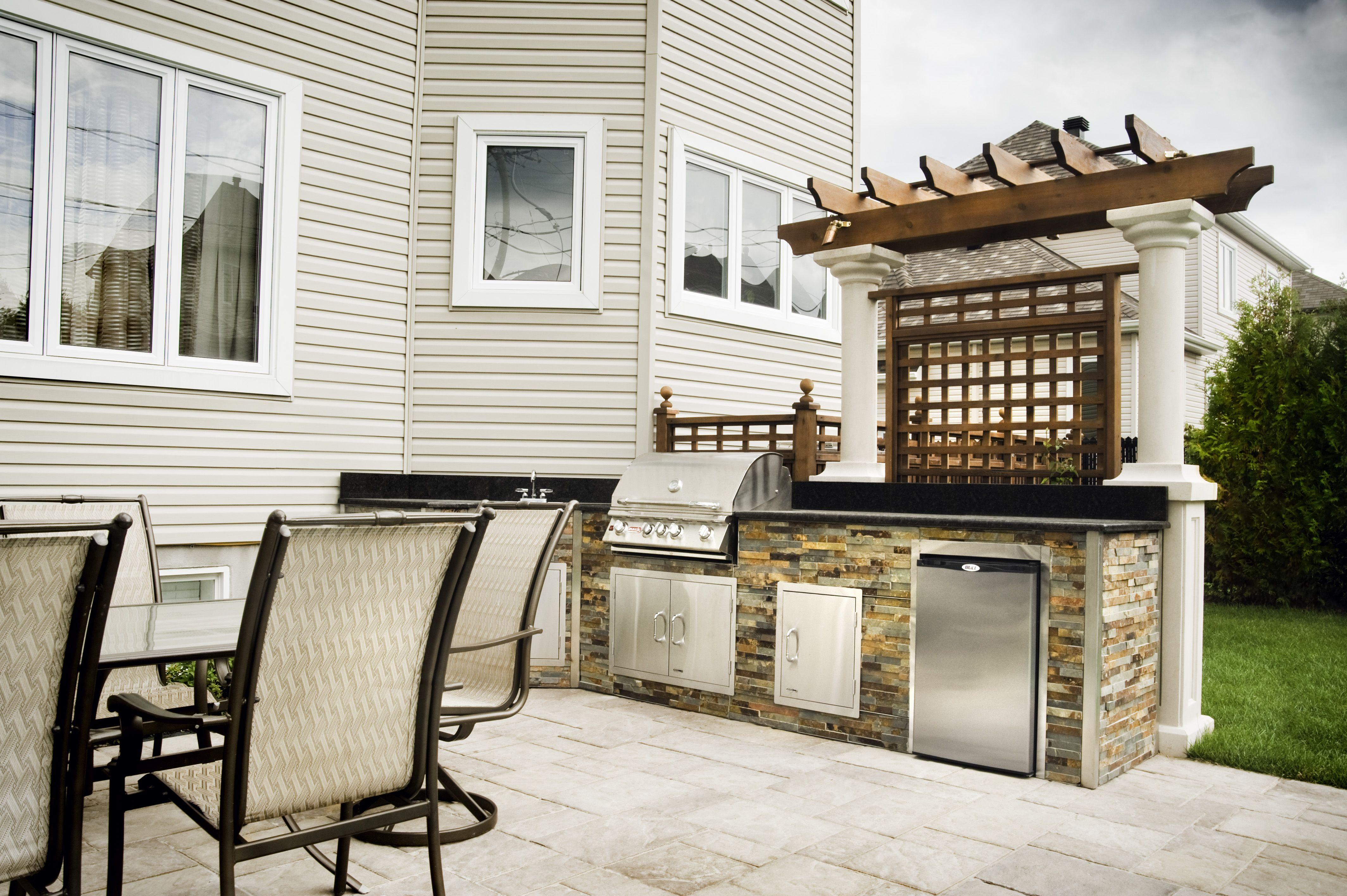 cuisine ext rieure en pierre bbq et accessoires en acier. Black Bedroom Furniture Sets. Home Design Ideas