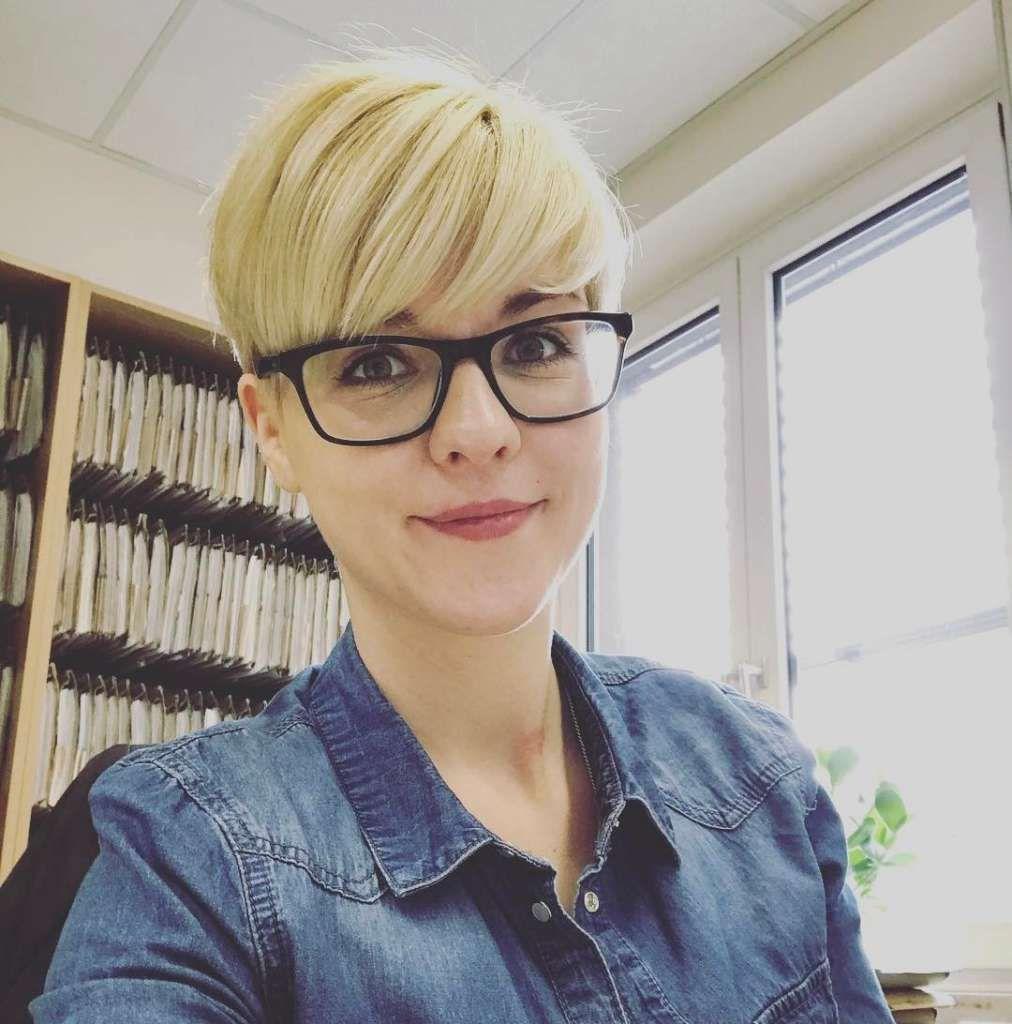 Short Hairstyles Professional Long bang Haircur Pinterest