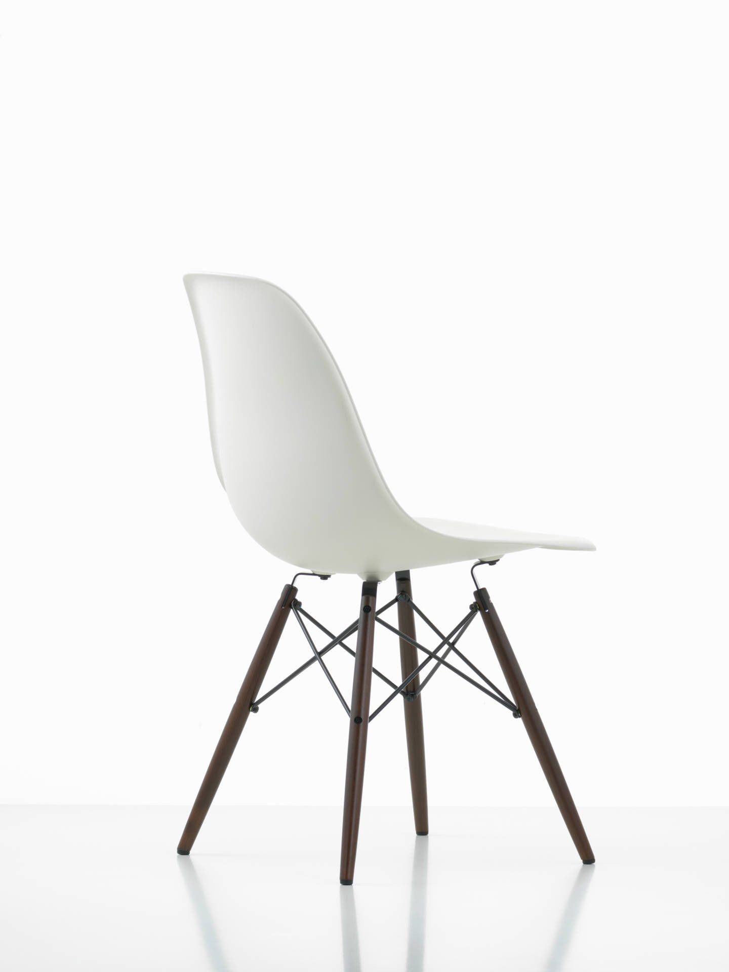 Eames Dsw Eames Dsw Chair Eames Dsw Chair And Products