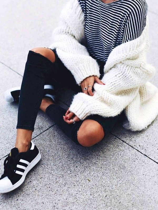 f9a68a8be2382  winter  outfits   Striped Tee    White Wool Cardigan    Destroyed Skinny  Jeans    Black Sneakers