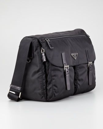 ff25d4d11337 Vela Buckled Messenger Bag Black (Nero)
