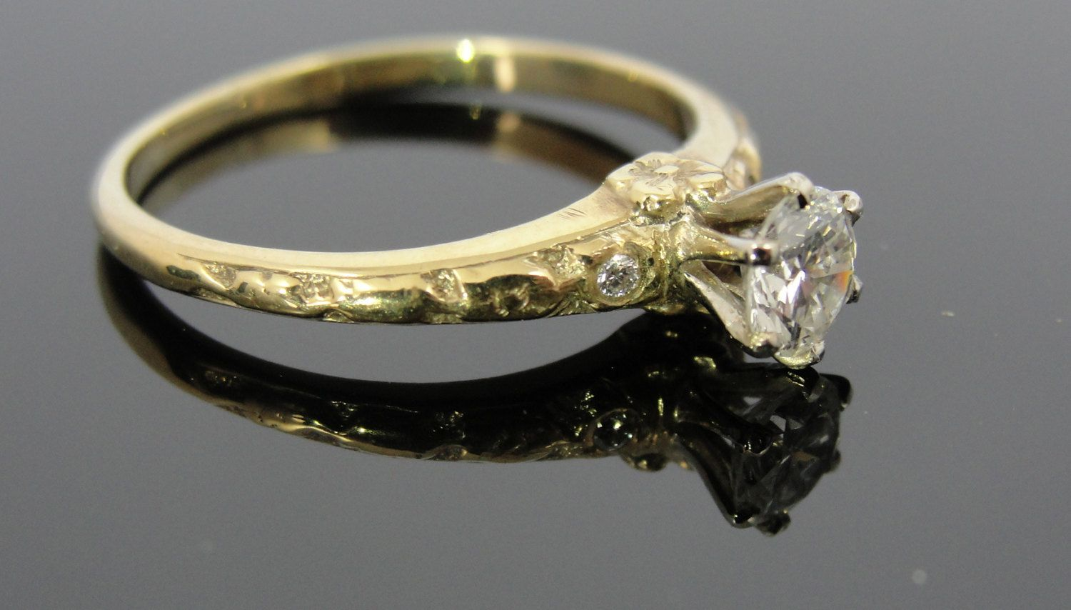 Antique Green Gold and Fine Diamond Solitaire Engagement Ring