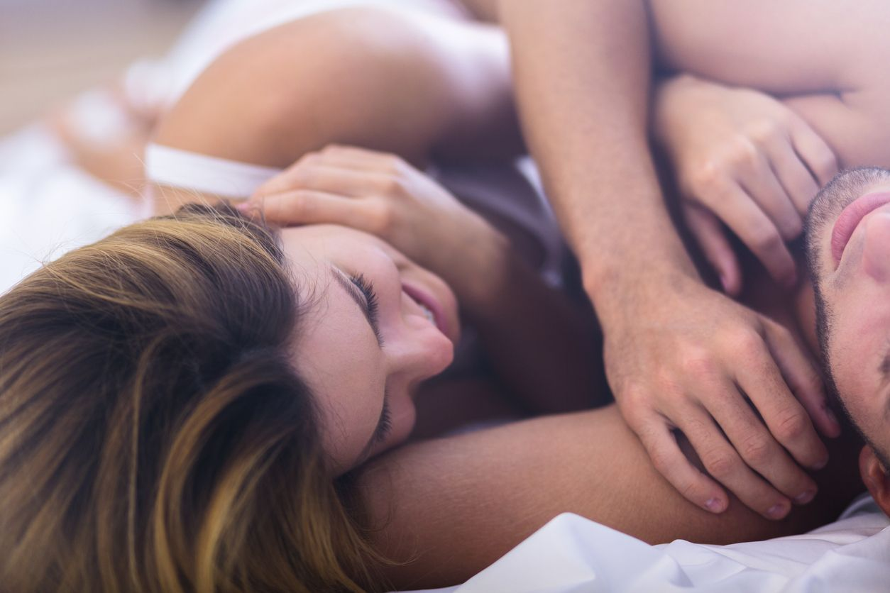 girls-having-orgasmos-rouge-the-bat-naked-and-cum