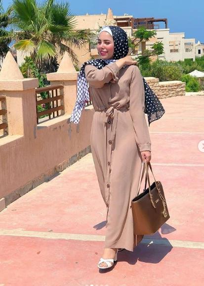 أفكار عصرية لتفصيل فساتين موضة صيف 2020 الشرقية توداي Fashion Hijab Bugs Bunny