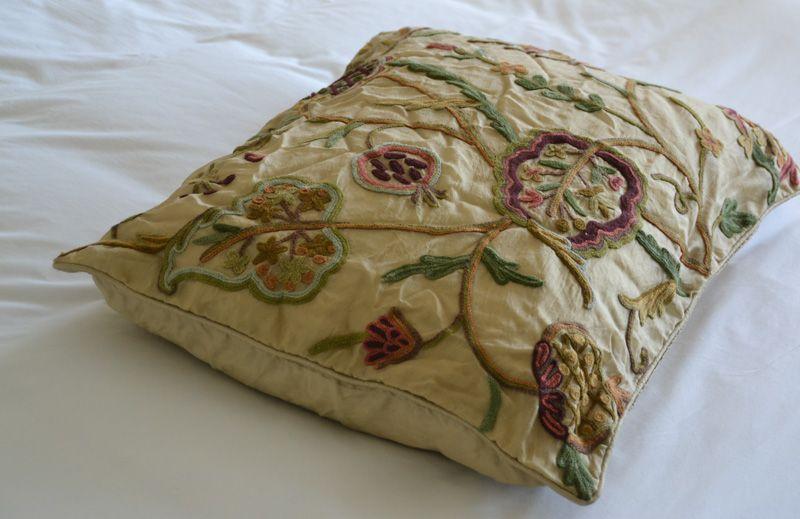 Crewel Pillow Sham Lotus Desert Sand