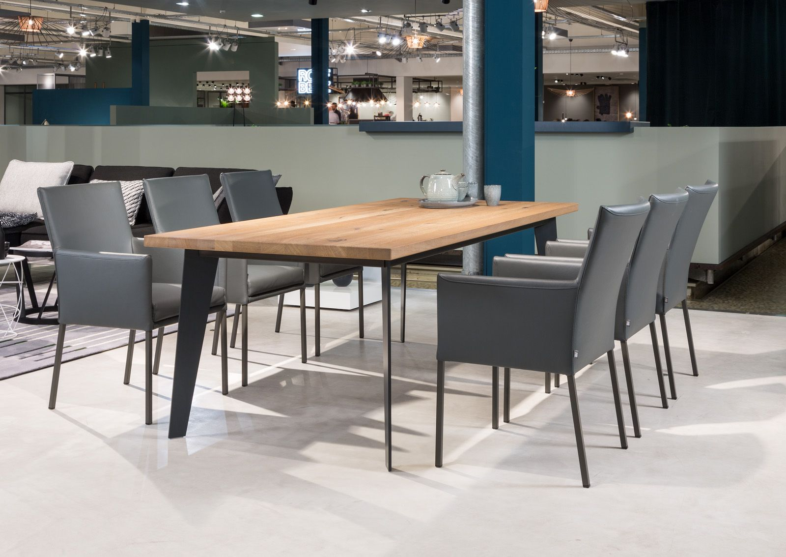 Esszimmer Rolf Benz The Rolf Benz 979 Rustic Table Culture In Any Diningroom