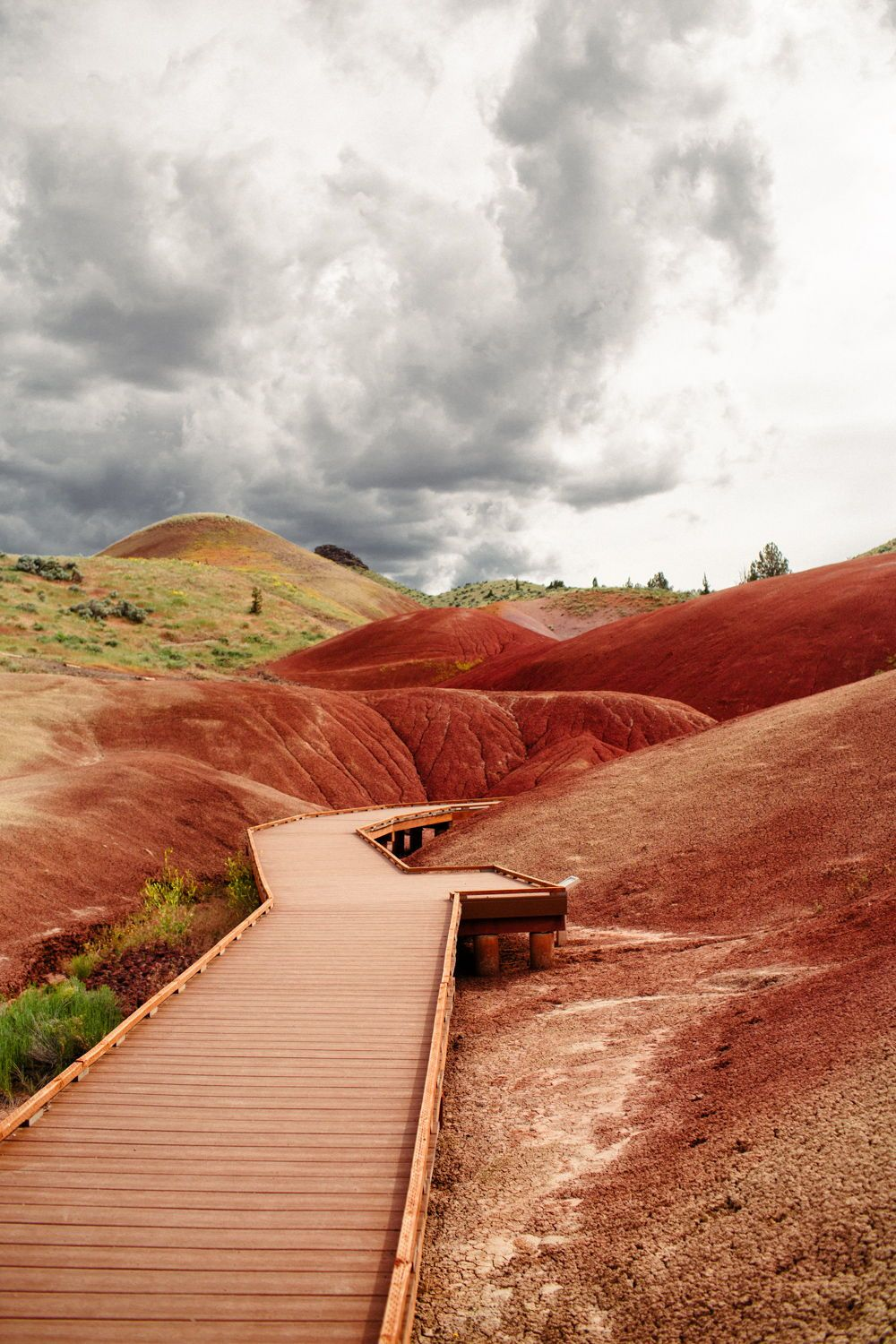 A Guide To The Painted Hills Oregon: Need To Know Travel Tips + Map