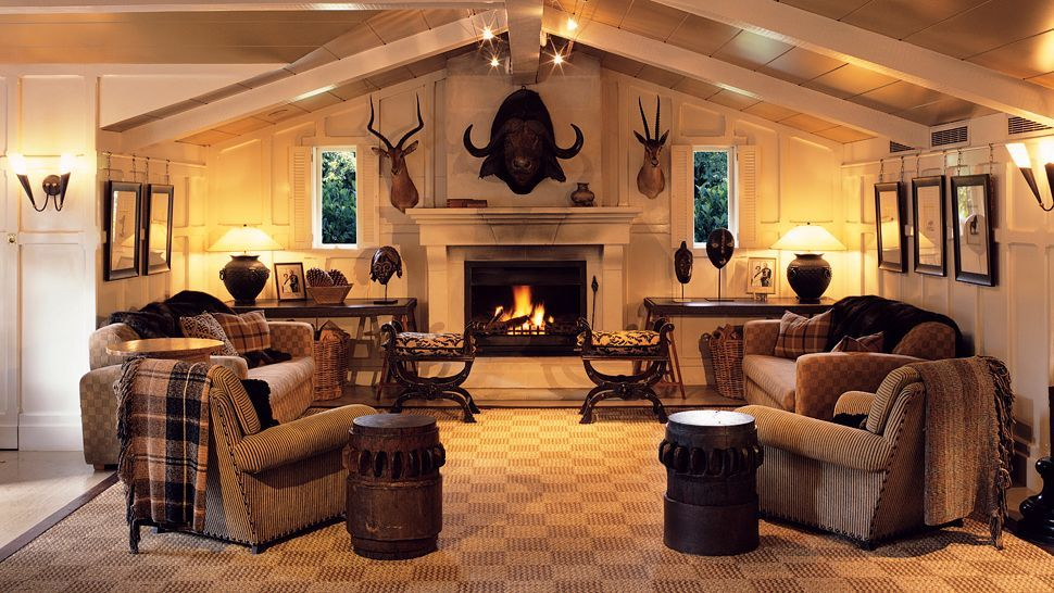 hunting trophys in small rooms | Huka Lodge — city, country | Home ...