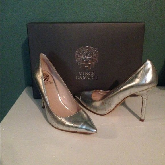 Vince Camuto Silver Pointed Toe Pumps Silver Vince Camuto Pointed Toe Pumps. They are a size 8 and have a narrow fit. Never worn. OFFERS WELCOME!! Vince Camuto Shoes Heels