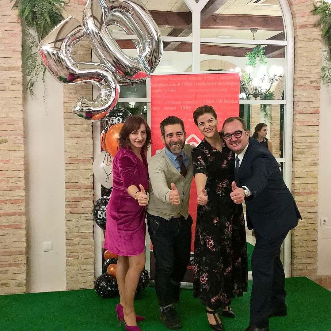 Celebrando los 50 años del Grupo Mahersol el  equipo de  Century 21 feliz de pertenecer a esta gran familia. #grupomahersol #homesforlife #century21 #realtorlife #50años