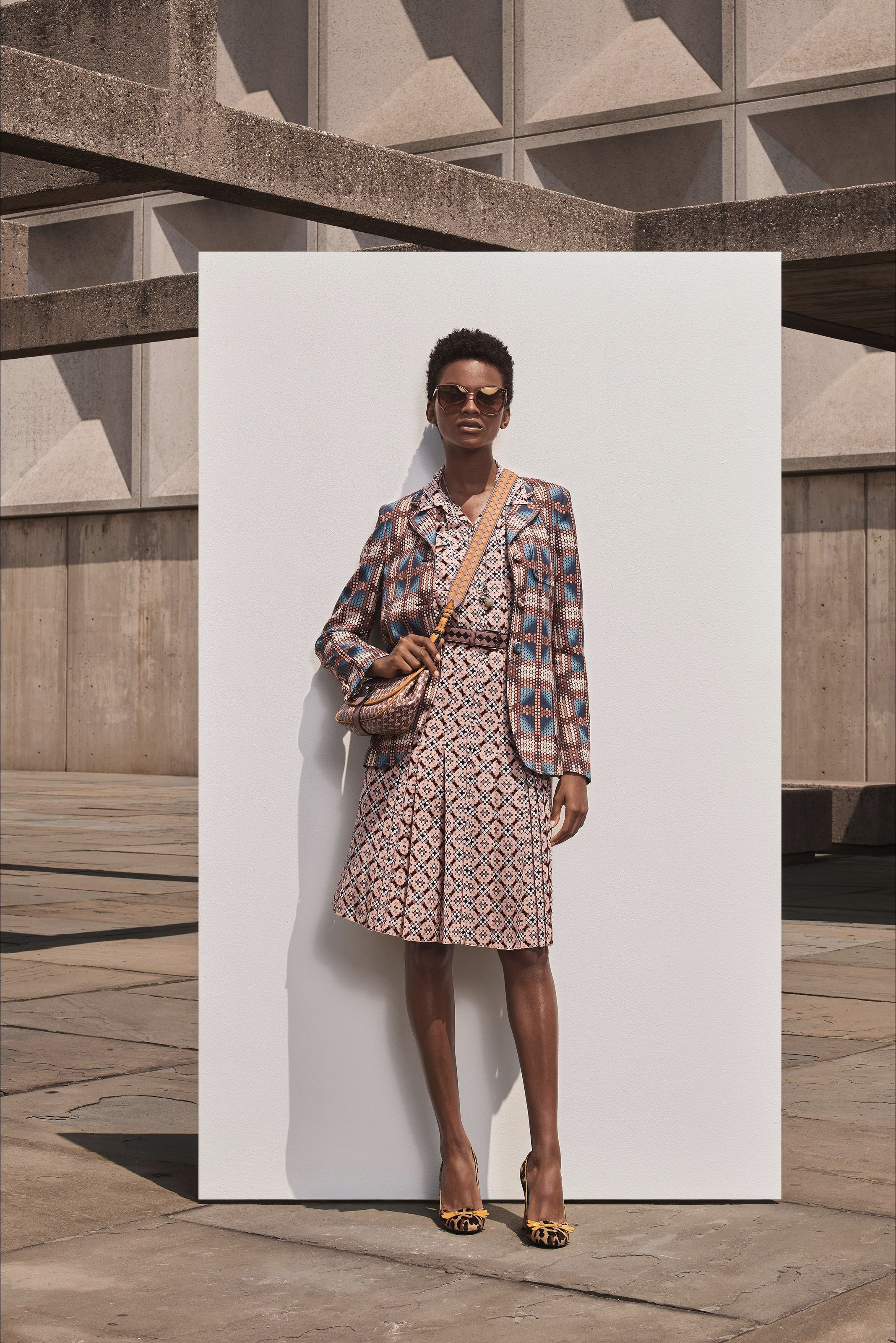 675fba78e91caa Sfilata Bottega Veneta New York - Pre-collezioni Primavera Estate 2019 -  Vogue