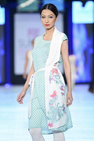 Coco_Collection_at_PFDC_Sunsilk_Fashion_Week_Day_4_2013