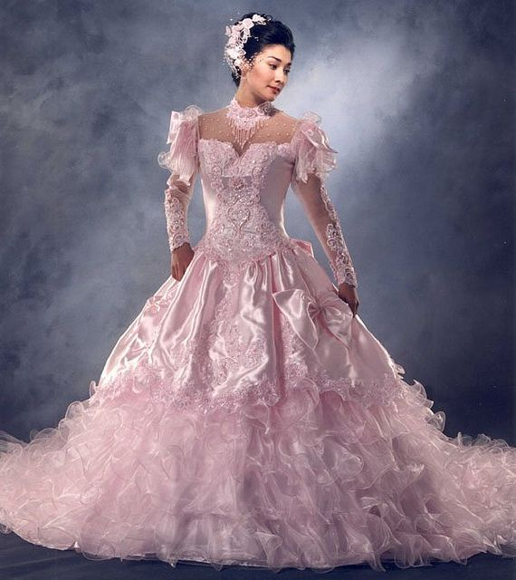 Wedding Gown Malaysia: Pin By Mode Malaysia On ♥ Dream Wedding Dress 2013 梦幻婚纱